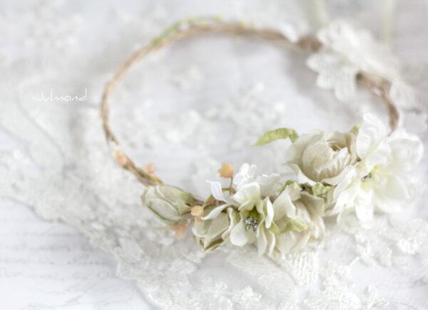 Rahel Vintage Blumenkranz Hochzeit Blumen Ivory-01