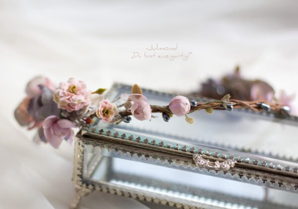 Gandalie Haarschmuck Blumenkranz Blumen Haarband-01