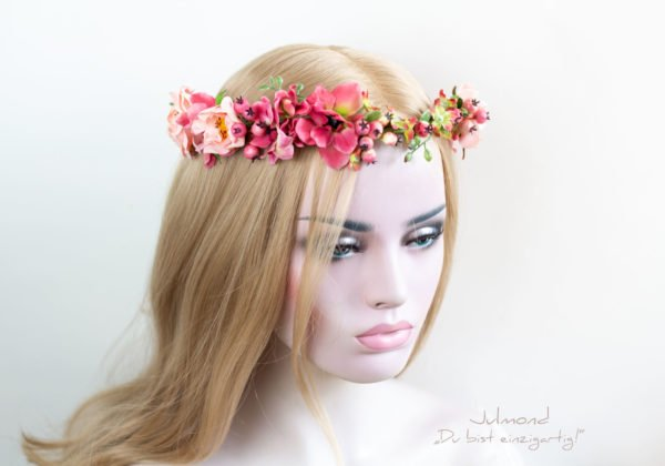Lou Haarkranz Blumen-02
