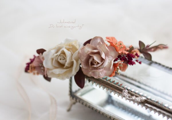 Skara Haarkranz Blumen Hochzeit-01