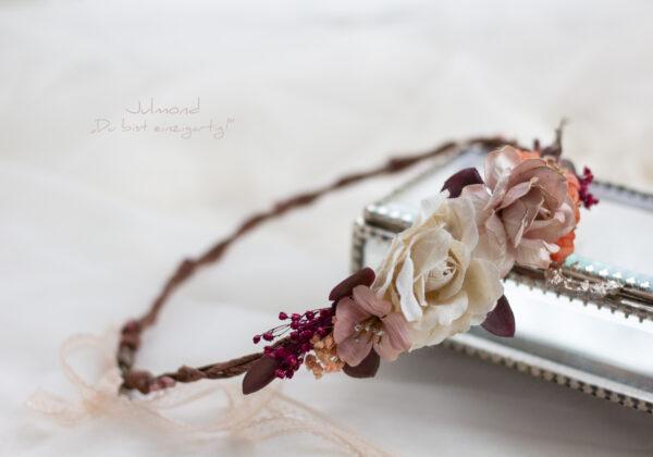 Skara Haarkranz Blumen Hochzeit-02